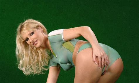 Jennifer lawrence, rihanna, 98 other celebs nude photos jpg 1024x611