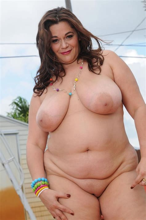 big lady boobs jpg 797x1200